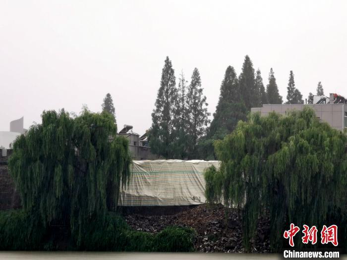 湖北襄阳古城墙墙体局部垮塌 已开展抢险保护